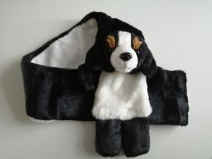 Stoere pluche shawl hond Berner Sennen 75 cm